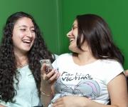 skolfotografering, elever skrattar