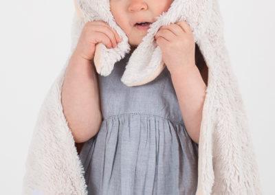 Barnfoto i studion - barnfotograf Bee Thalin