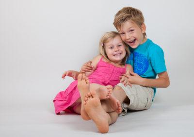 Barnfotografering i studion - Bee Thalin fotograf Nacka Värmdö